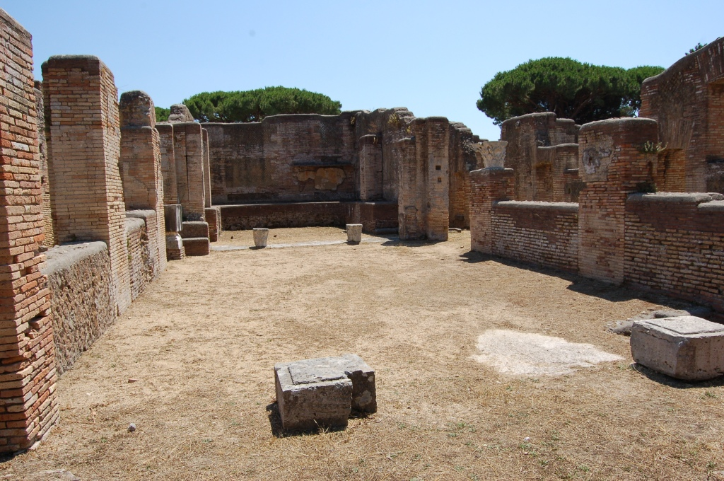 The internal courtyard of the Caseggiato dei Triclini on the main street of Ostia